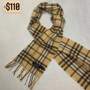 ✨✨✨✨SOLD✨✨✨✨Burberry Scarf Vintage Cashmere Rare
